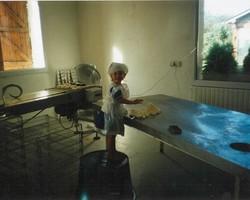 Caroline Villiers « Apprentie fromagère » en 1997.